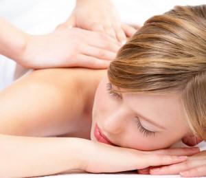 massage relaxant du dos et des épaules